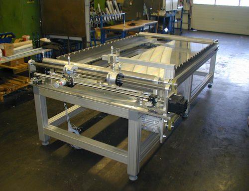 Schneidmaschine für Endlosbänder